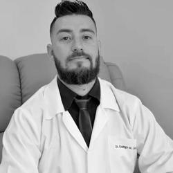 Dr. Rodrigo Manoel Garcia